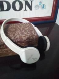 Fone Philips sem fio via Bluetooth
