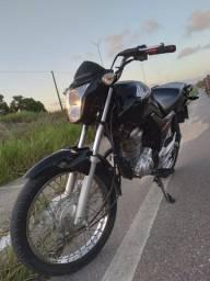 Moto Honda Cg 160 emplacada