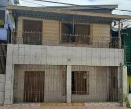 Vendo essa linda casa de dois andares apenas 120 mil reais