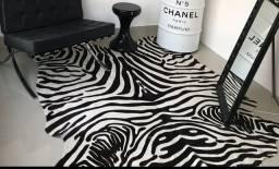 Vendo tapete zebra decor novo