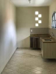 Alugo casa em Laranjeras