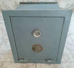 Cofre de Parede Antigo Securit com Chave