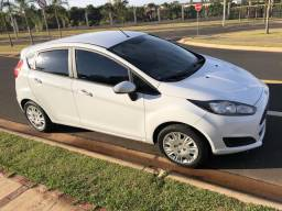 Fiesta 1.5 LS * E X T R A - 2014