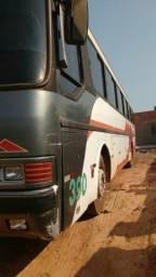 Vendo ônibus ano 92 - 1992
