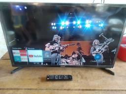Tv smart 32 Samsung impecável tem pezinho controle original