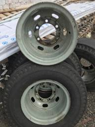Pneus pirelli seminovos caminhão ligar para