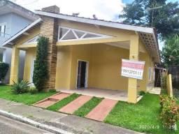 Casa condomínio villa calabria 3/4 c 2 suítes
