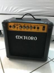 Vendo caixa para guitarra - METEORO - defeito no plug