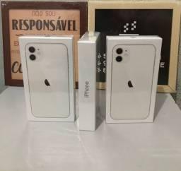 IPhone 11 branco 64 gb. Já com o novo padrão. 1 ano Apple após a ativação