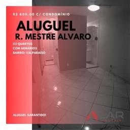 Apartamento com 2 quartos, cozinha com armários - Valparaíso