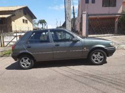 Ford Fiesta ano 1.4 R$ 5.900,00