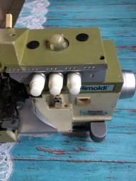 Máquina Overloque Rimoldi