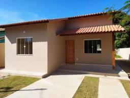 Código 136 - Casa com 3 quartos em fase de acabamento em Ubatiba