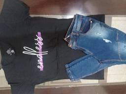 Calças e blusas