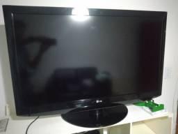 """Tv LG 42"""" 1 ano e meio de uso"""