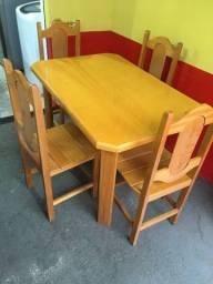 Mesa com 4 cadeira 120x80