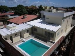 Casa reformada. 5 quartos, todo na cerâmica, 3 salas, piscina em Pau Amarelo