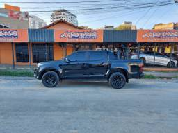 S10 Midnight 2.8 4X4 AUT Turbo Diesel 2019 26.000 KMS