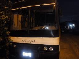 Troco só troca ônibus 96 volvo B58 top por miclo ônibus ou vam