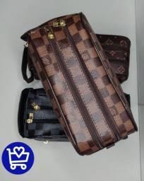 Necessaire Louis Vuitton Paris
