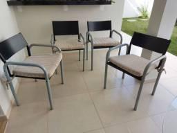 4 cadeiras de ferro