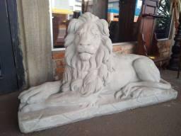 Estatuas de Leões de cimento