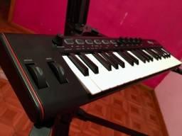Teclado Controlador Ik Multimedia Irig Keys 2 Universal Midi