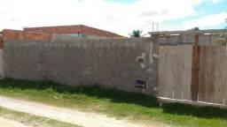 Vendo terreno 12x30,  murado com água e luz passando na porta.