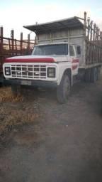 Vende ou troca Caminhão Ford 13000.