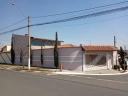 "Vende-se linda Casa de esquina no distrito Ouro Verde ""excelente oportunidade"""