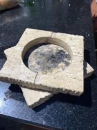 Vendo cinzeiro em pedra de mármore