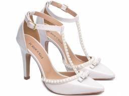 Sapato Feminino Salto Alto Verniz Off White Scarpin Torricella Mod.66058G