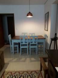 Mesa Rústica com 6 cadeiras.em Madeira nobre