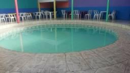 Alugamos espaço com piscina