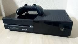 Xbox One (semi-novo)