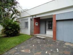 Casa para alugar com 3 dormitórios em , cod:I-004935