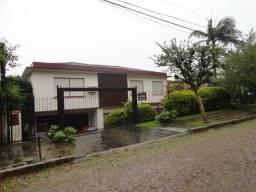 Casa para alugar com 5 dormitórios em , cod:I-016047