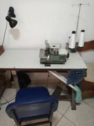 Máquina de costura overclock industrial