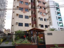Aluga Apartamento com 03 dormitórios, Ed. Joinville