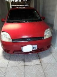 Fiesta 2003 $ 8.700,00 - 2003