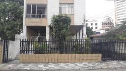 Apartamento em Jardim Apipema, 3 quartos