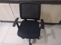 Vendo ou Troco Cadeira em Perfeito Estado