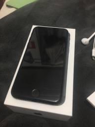 Vendo ou troco iPhone 7 black coffe