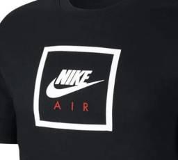 Camiseta Nike TEE Preta - Tam. L (G)
