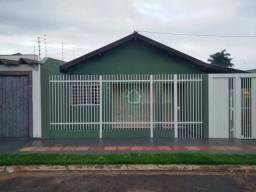Casa com 02 dormitórios para alugar, 80 m² por R$ 1.600,00/mês