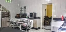 Casa para alugar, 03 quartos, 03 vagas, Milionários/BH