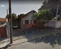 Casa com 3 dormitórios à venda, 140 m² por R$ 227.144,11 - Vila Coralina - Bauru/SP