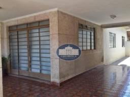 Título do anúncio: Casa com grande potencial para comércio, 3 dormitórios à venda, 189 m² por R$ 550.000 - Sa