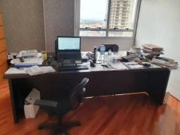 Mesa de Madeira para sala de reunião