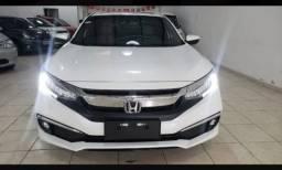 Vendes Honda Civic novo pronto para passeio ou trabalho.